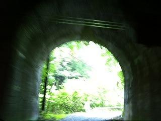 トンネル2.jpg